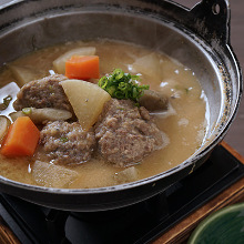 Tsumire (fish or meat ball) hotpot