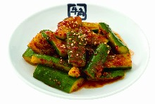 Spicy pounded cucumber