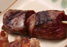 Grilled skewered beef sagari (hanging tender)