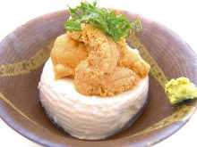 Chilled tofu topped with uni (sea urchin)
