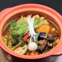 Simmered pork belly soup curry