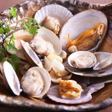 Manila clams steamed in white wine