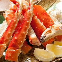 Grilled red king crab leg