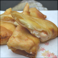 Fried crab cream spring roll