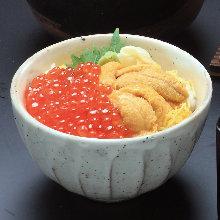 Sea urchin and salmon roe rice bowl