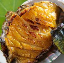 Live abalone teppanyaki