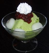 Shiratama (rice flour dumplings) with matcha ice cream