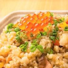 Salmon and salmon roe fried rice