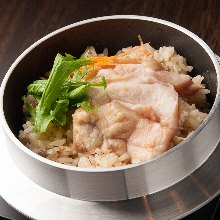 Chicken kamameshi (pot rice)