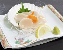 Scallop sashimi
