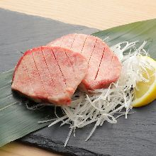 Thick-cut premium grilled tongue seasoned with salt