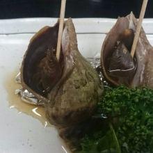 Grilled live whelk