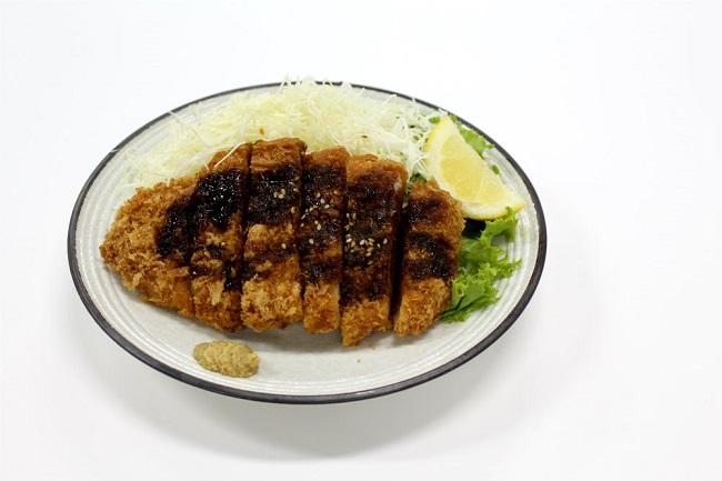 A Guide to Katsu: Tonkatsu, Chicken Katsu, Katsudon & More