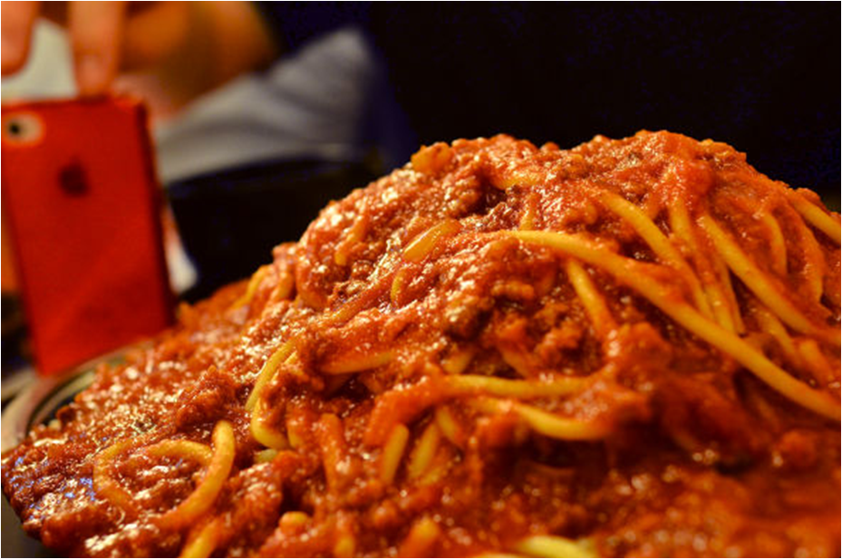Fukuchan's food adventures: a journal of gigantic meals. Episode 2: Gigantic pasta in Akihabara