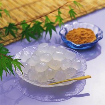 Warabimochi   Articles on Japanese Restaurants   Japan Restaurant Guide by Gourmet Navigator
