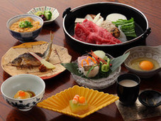 According to the Chef, Let's Make Japan's Distinctive Sukiyaki Together!