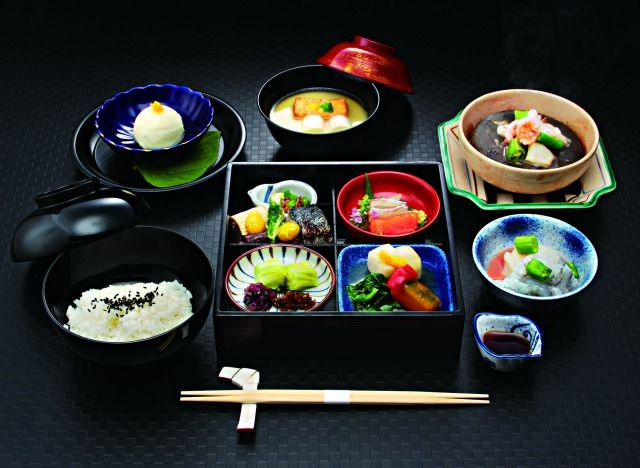 [EXPERIENCE OSAKA KAPPOU(Japanese Cooking)]Special 3,000 Yen Course (lunch)