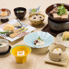 3,240 JPY Course (13 Items)