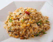 Fried rice with fish paste and pickles