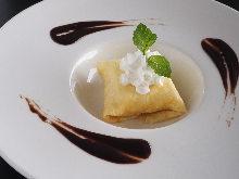 Cheese cream crepe