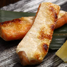 Grilled fatty salmon belly