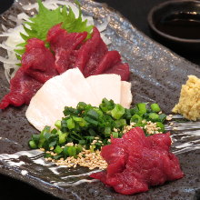 Premium lean horse meat sashimi