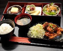 Marinated deep-fried chicken meal set