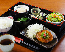 Meatball with plum ponzu sauce meal set