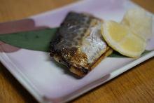 Grilled spanish mackerel with Saikyo miso