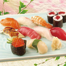 Assorted finest sushi