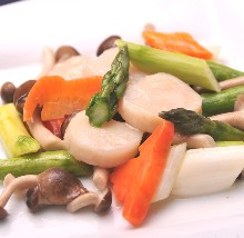 Stir-fried scallop and vegetables
