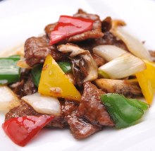 Stir-fried beef with XO sauce