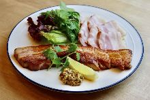 Thickly-cut bacon
