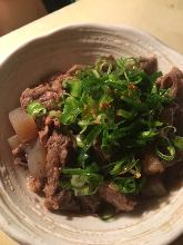 Simmered beef tendon with konjac
