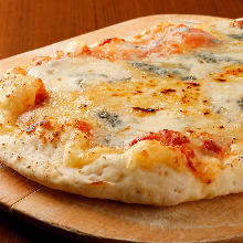 Four kinds of melty cheese pizza