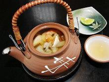 Steamed in an earthenware teapot