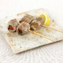 Assorted grilled skewers, 2 kinds