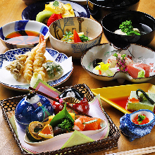8,800 JPY Course (9 Items)