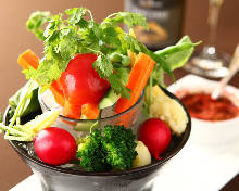 季節の野菜丸々スティックサラダ&肉ミソカウダー「神谷町庭園風」