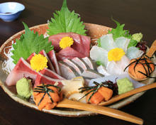 Assorted sashimi