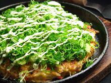 Green onion and beef tendon okonomiyaki