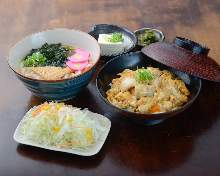 Chicken and egg on rice and udon with deep-fried tofu or soba set meal
