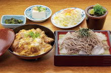 Chicken and egg on rice and soba with dipping sauce or udon set meal