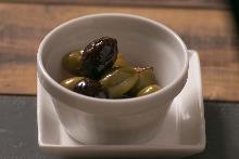 Vanilla Olives