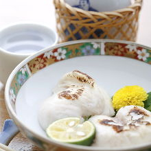 Pufferfish milt (salted-and-grilled or teriyaki)