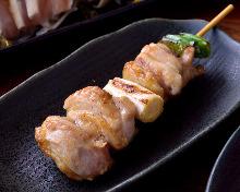 Negima (green onion pieces and chicken)