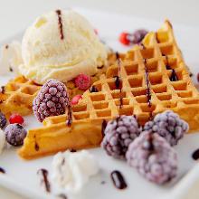 Waffles with vanilla ice cream