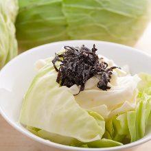 Salted konbu kelp and cabbage