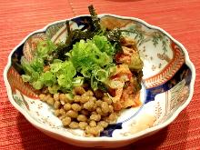 Natto with kimchi