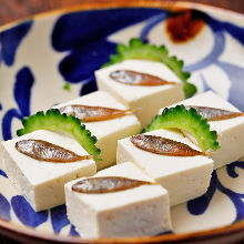 Sukugarasu (salted young rabbitfish) tofu